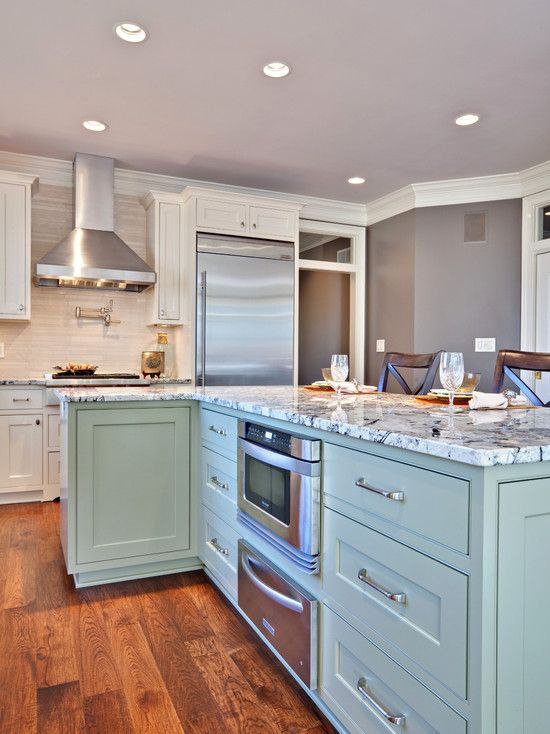 Kitchens built for entertaining hatchett design remodel for Entertaining kitchen designs