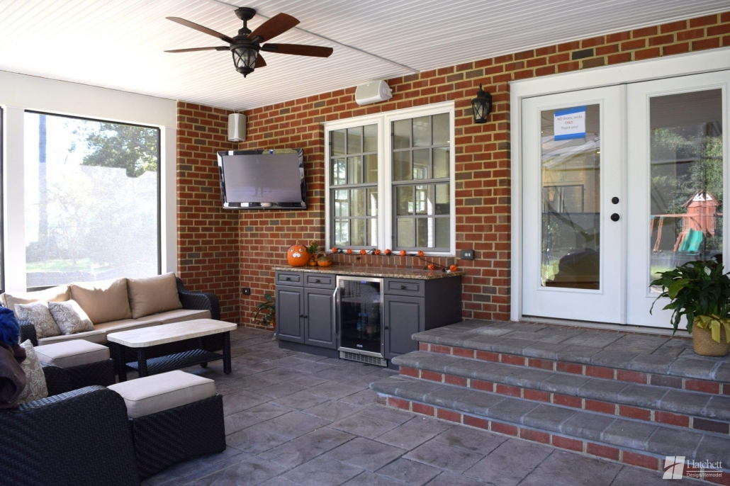Cook - Exterior Living Space