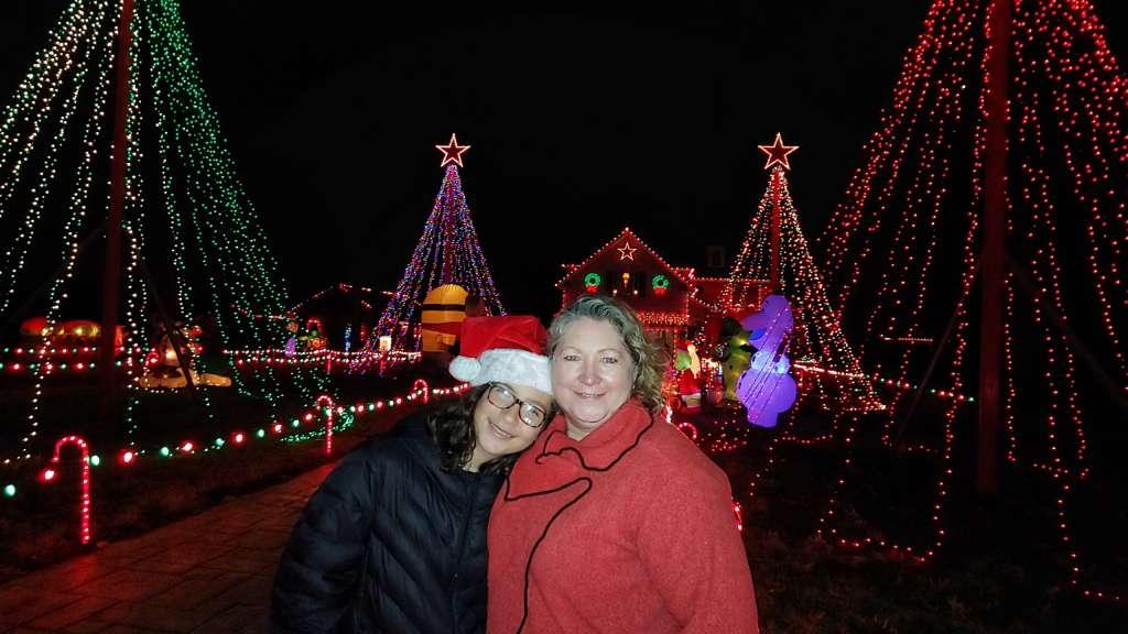 Home Holiday Light Display Chesapeake